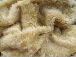 Helmbold Light yellow Gold 20mm Dense Mohair