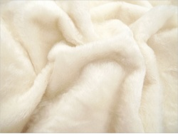Schulte 9mm Ivory Dense  Mohair - 64