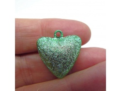 15mm Green Glitter Vintage Style Heart Bells x 2