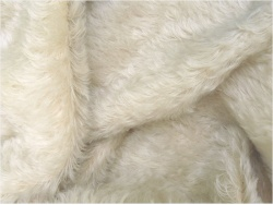 Helmbold Natural Washed White 20mm Dense Mohair