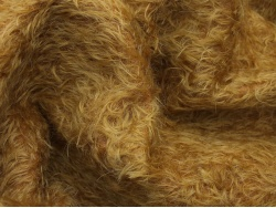 Helmbold 1/40 Rich Gold 16mm Mohair