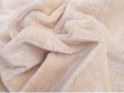 Helmbold Short Traditional Beige 7mm Mohair