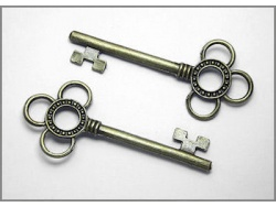 Decorative Keys (brass colour) TB159