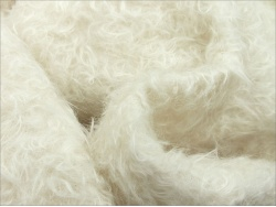 Schulte 23mm Dense Curly Ivory Mohair 66