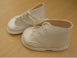 white_shoes_2