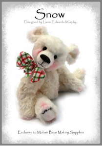 "Snow - Faux Fur Teddy Bear Kit 10"" / 26cm"